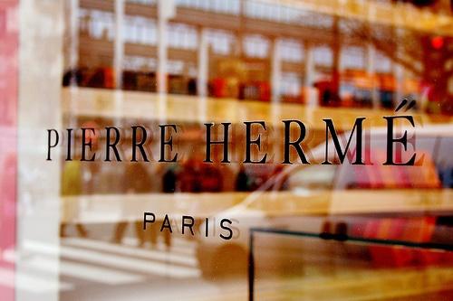 devanture Pierre Hermé