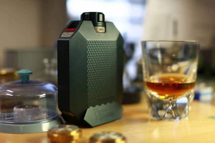 La flasque Urwek pour The Macallan