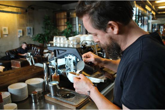 Café Lomi Yann Menguy
