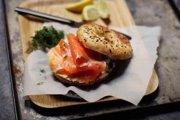 Le bagel au saumon fumé