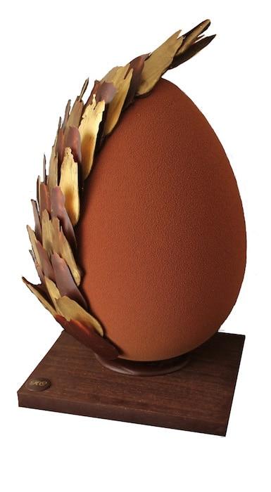 L'œuf à plumes de Sébastien Lhors
