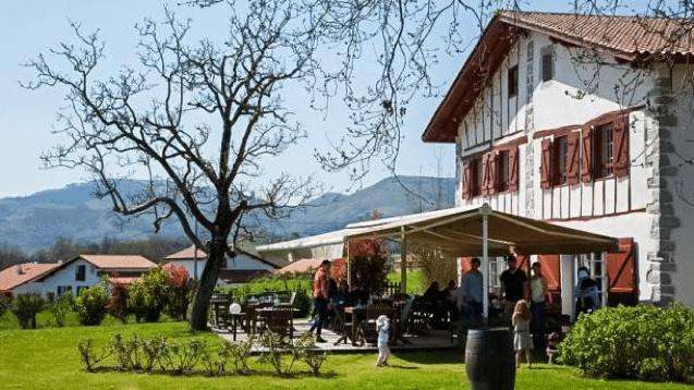 terrasse de La Ferme Lizarraga
