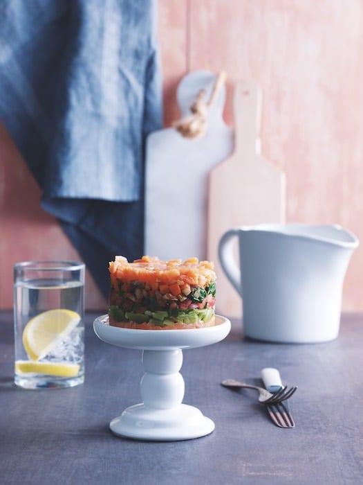 Gâteau frais de saumon et légumes