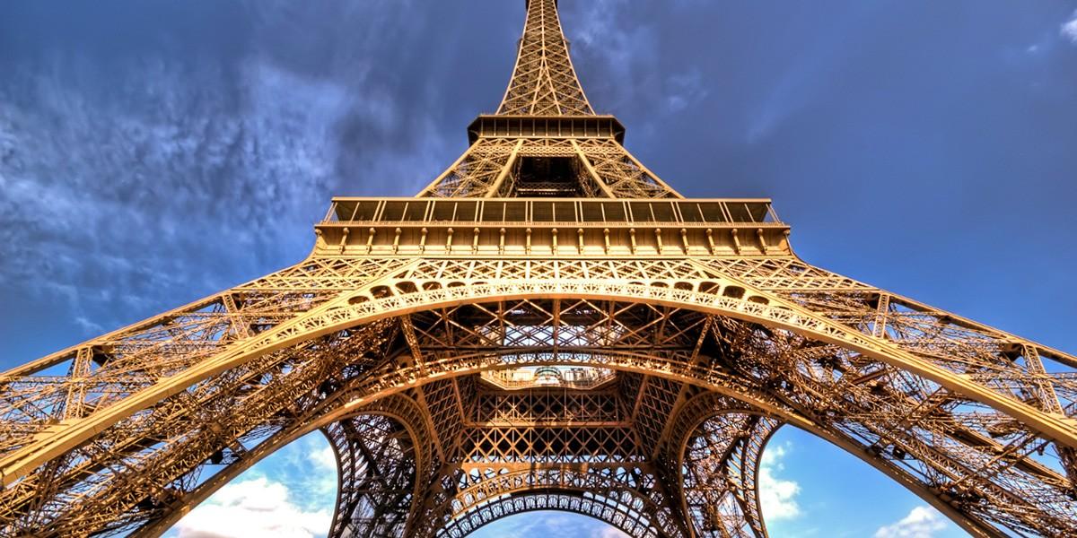 Anton, Marx, Ducasse et la Tour Eiffel