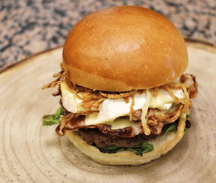 Burger Reblochon Fermier chez Bocuse