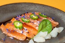 Saumon gravlax et gelée yuzu
