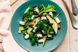Salade aux poires et au chèvre