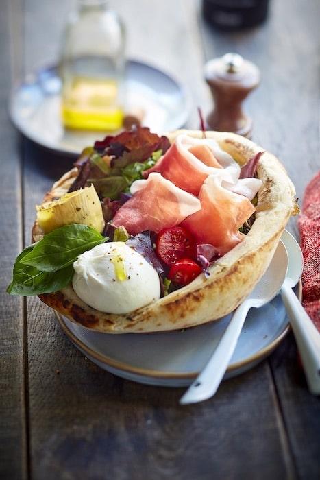 recette de Pizza bowl de salade italienne