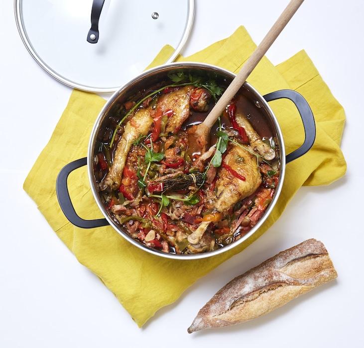 recette de Poulet mijoté aux poivrons