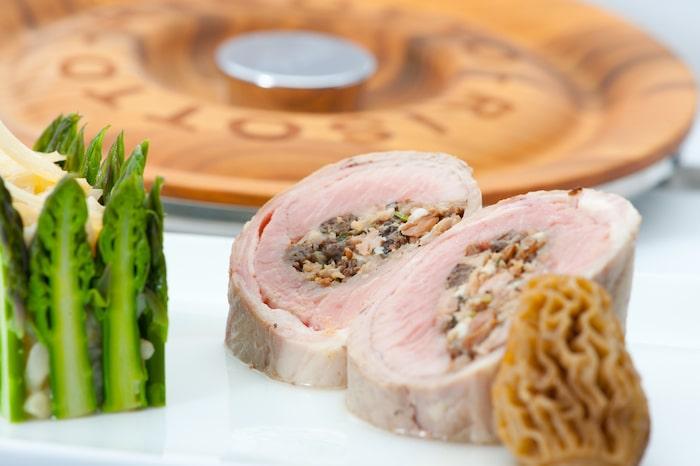 recette de Selle d'agneau farcie aux morilles