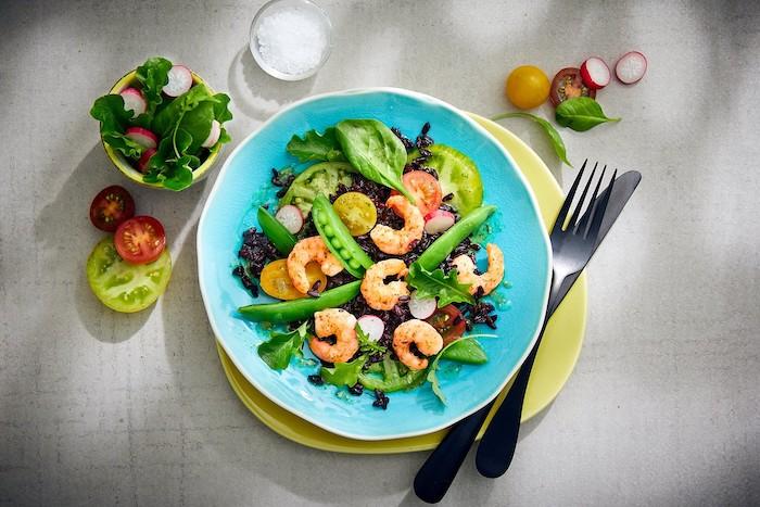 recette de Salade de riz noir et crevettes