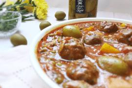 Boulettes de boeuf aux poivrons et olives