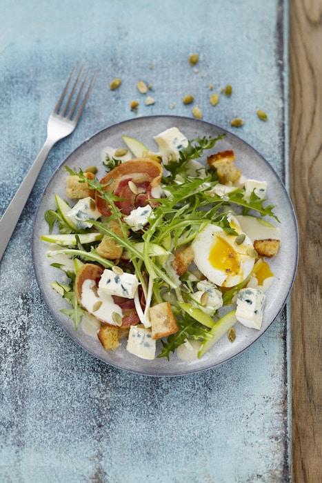 recette de Salade de pissenlit au bleu