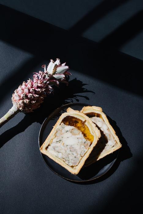 Pâté en croûte de volaille de Bresse et gambas