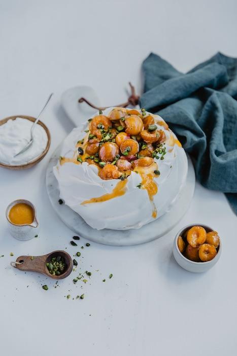 recette de Pavlova pistaches et mirabelles