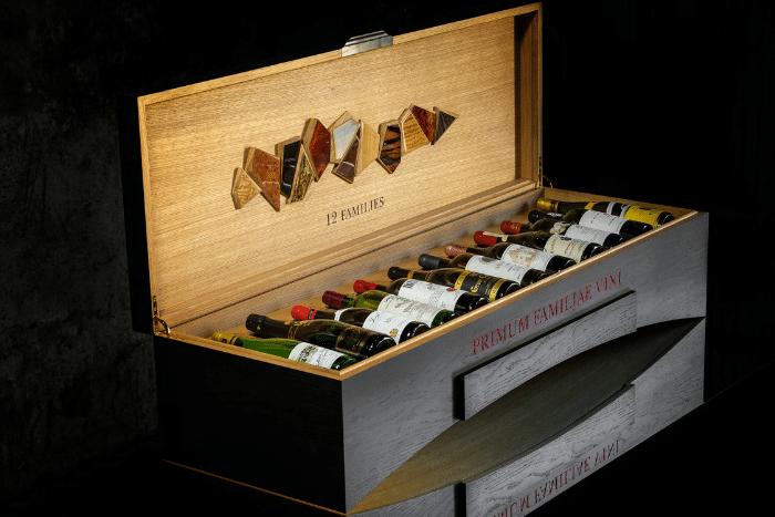 Un coffret de 12 vins d'exception aux enchères