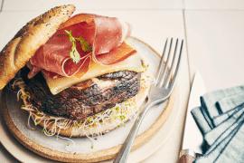 Burger de champignon grillé