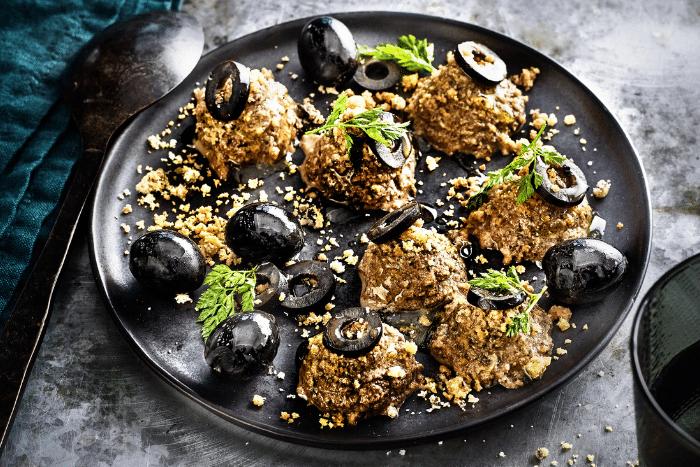 Crème croquante aux olives noires
