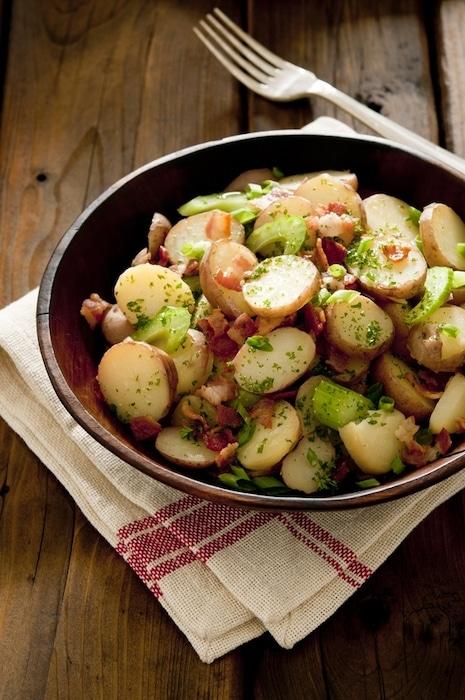recette de Salade de pommes de terre aux lardons