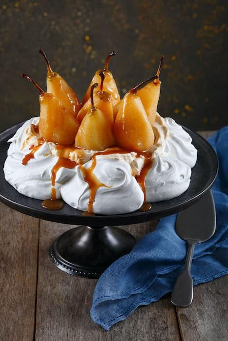 recette de Pavlova poires caramel