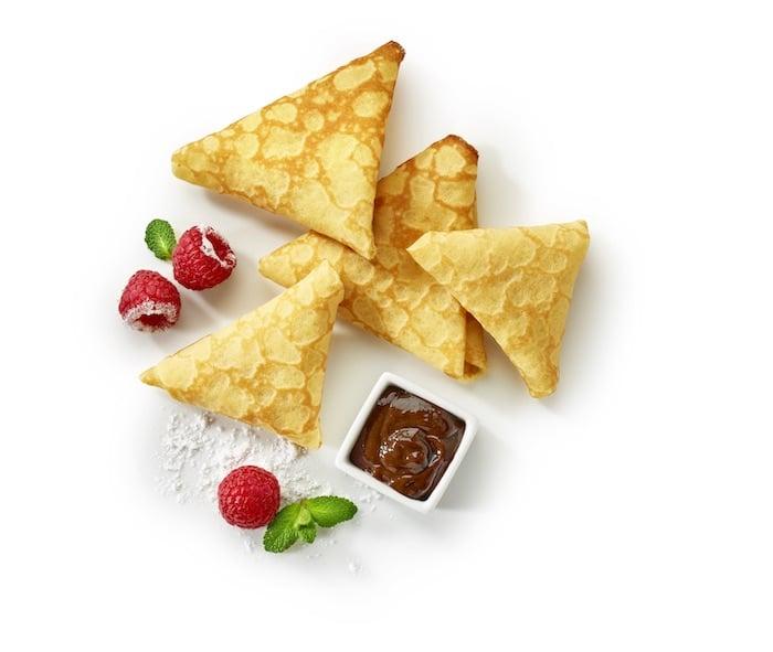 recette de Samoussas de crêpe aux framboises et chocolat