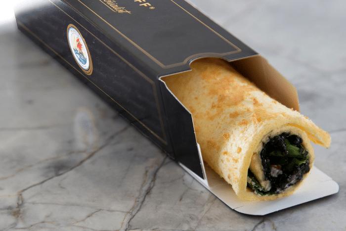 Le Rostoff St-Petersbourg, le sandwich roulé au caviar - Kiss My Chef
