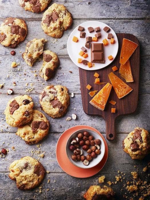 recette de Cookies noisettes praliné et mimolette