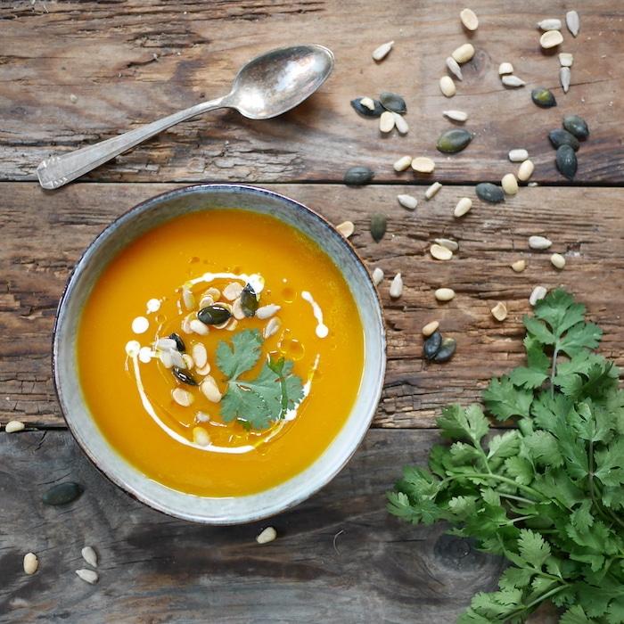 recette de Soupe de patates douces aux graines