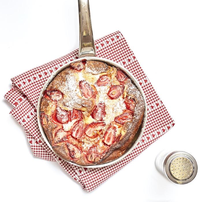 recette de Clafoutis aux fraises et nougat