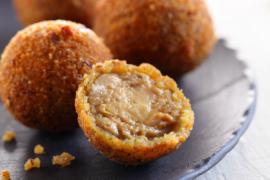 Cromesquis de foie gras aux noisettes