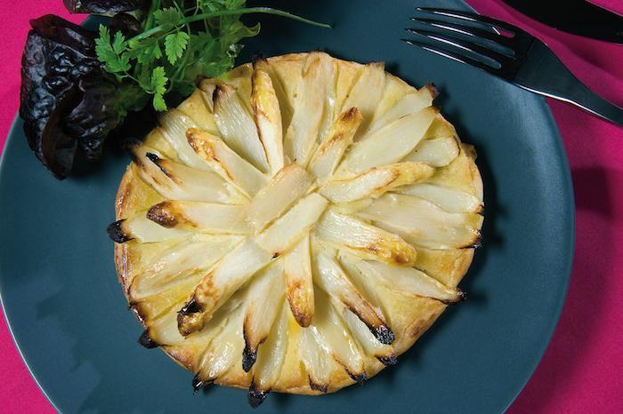 recette de Tarte d'asperges blanches à la frangipane