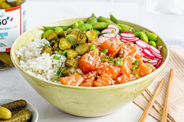 Pokebowl de saumon et cornichon