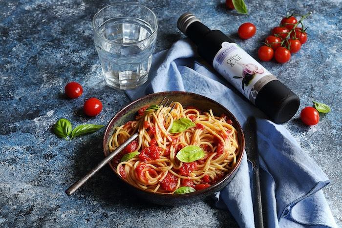 recette de Spaghetti à la sauce tomate et palourdes
