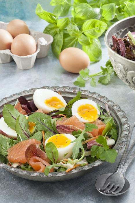 recette oeufs mollets sur salade folle
