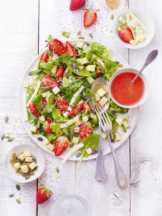 recette de Salade de fraises au fromage