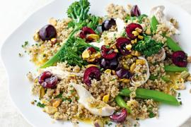 Salade de poulet au quinoa et cerises