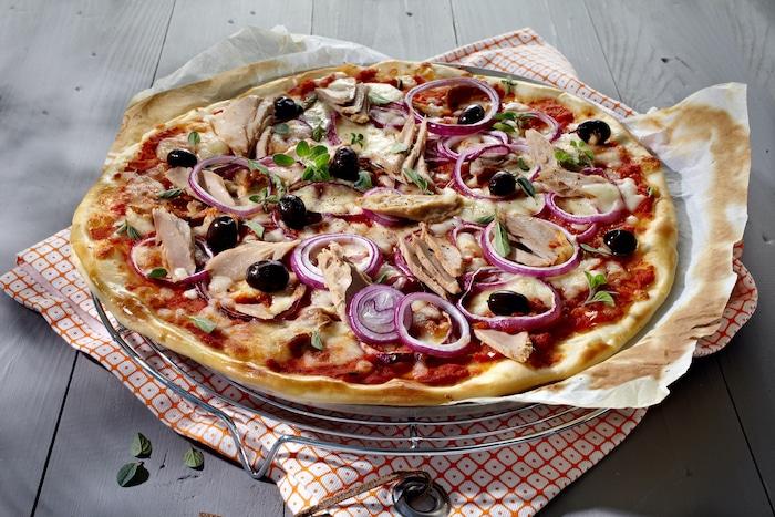 recette de Pizza méditerranéenne au thon