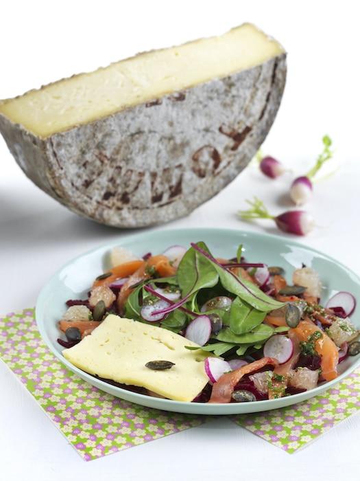 recette de Salade de printemps à la Tomme de Savoie