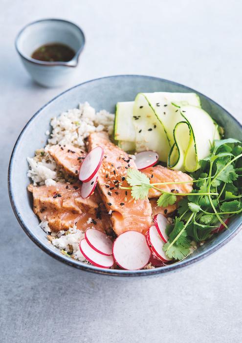 recette de Poke bowl de saumon mi cuit