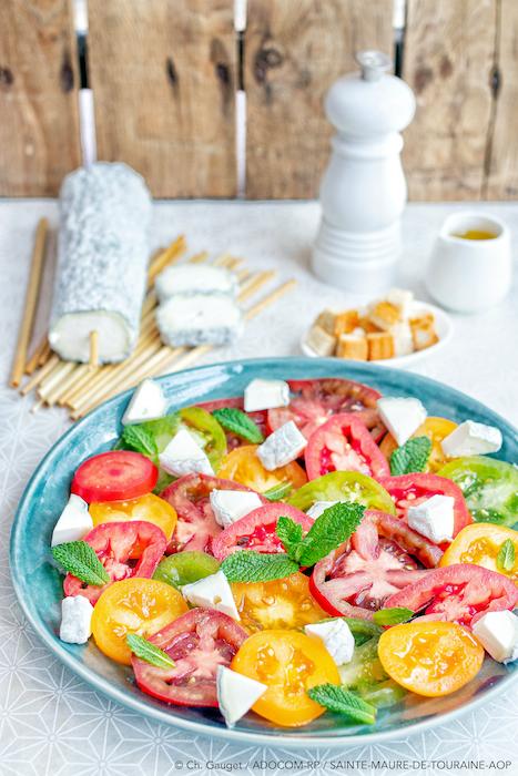 recette de Carpaccio de tomates au Sainte-Maure