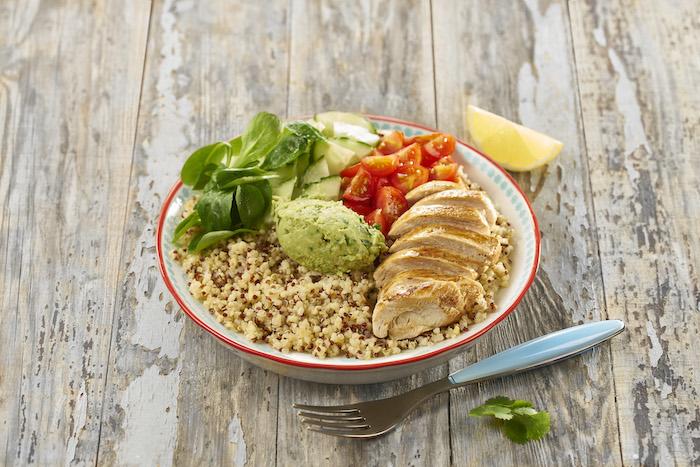 recette de Superbowl au quinoa gourmand et poulet