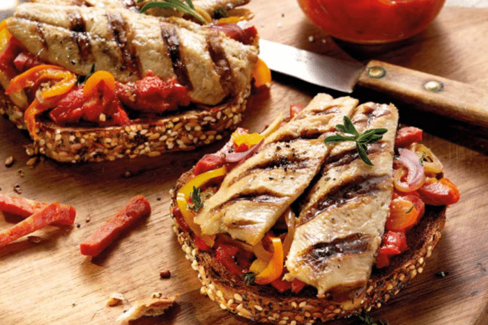 Bruschetta aux filets de sardine grillés