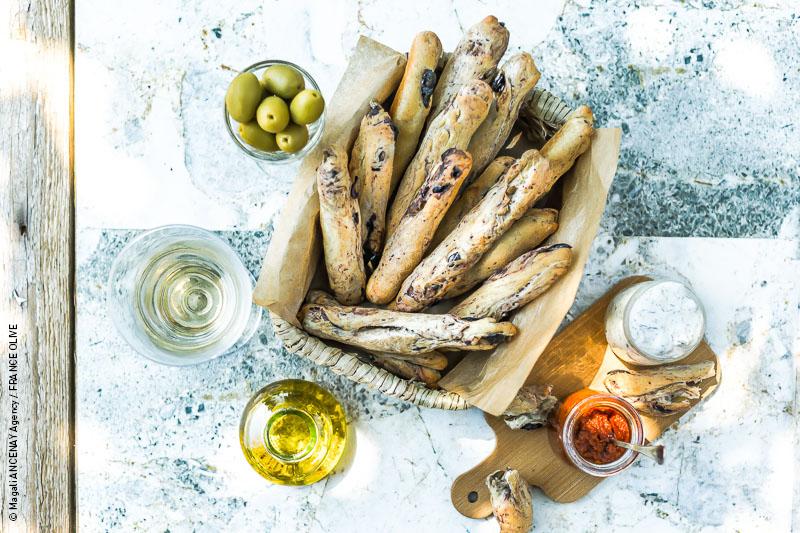 recette de Gressins aux olives noires