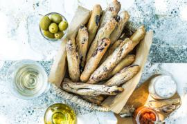 Gressins aux olives noires