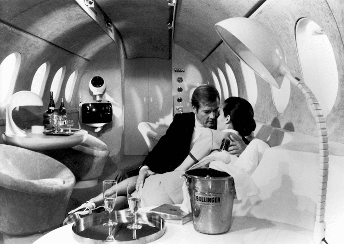 Bollinger et James Bond