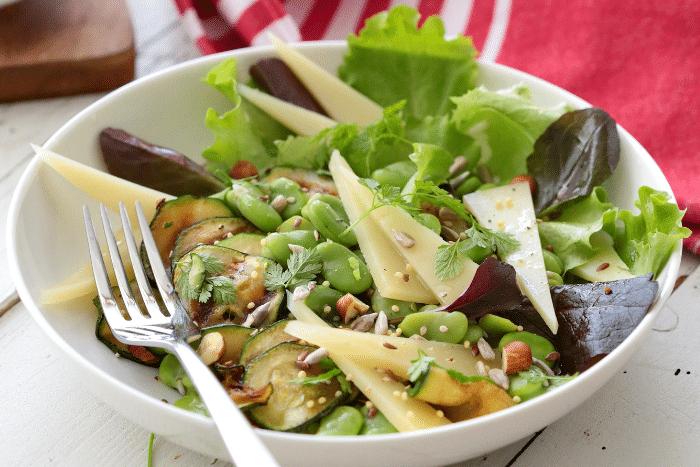 Salade de printemps à l'Ossau-Iraty
