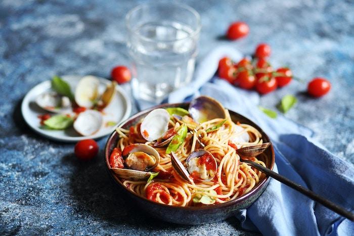 Spaghetti à la sauce tomate et palourdes
