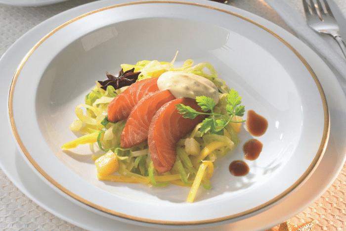 Saumon mariné et salade de chou