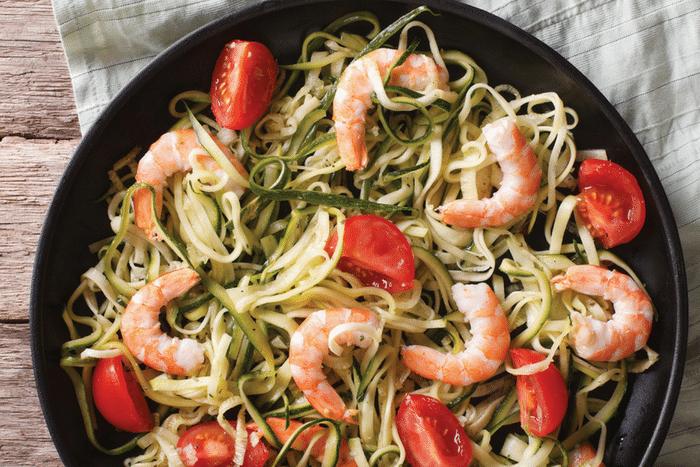Spaghettis de courgettes au pesto