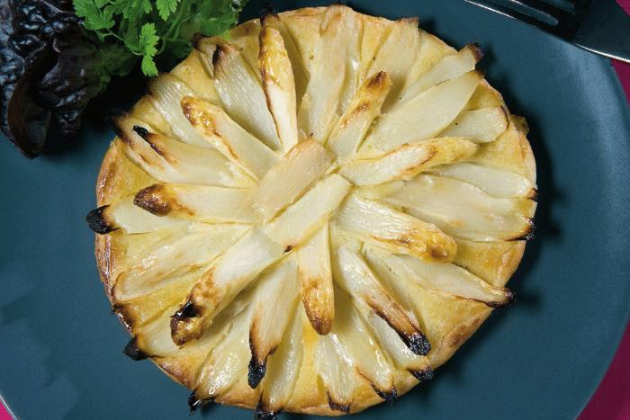 Tarte d'asperges blanches à la frangipane